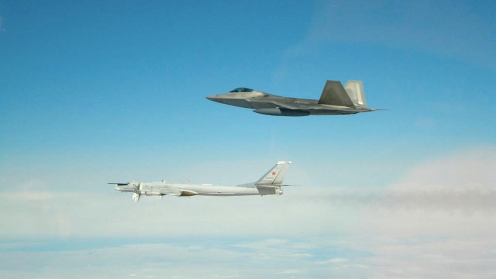 EE.UU. intercepta seis aviones rusos cerca de la costa de Alaska. Noticias en tiempo real