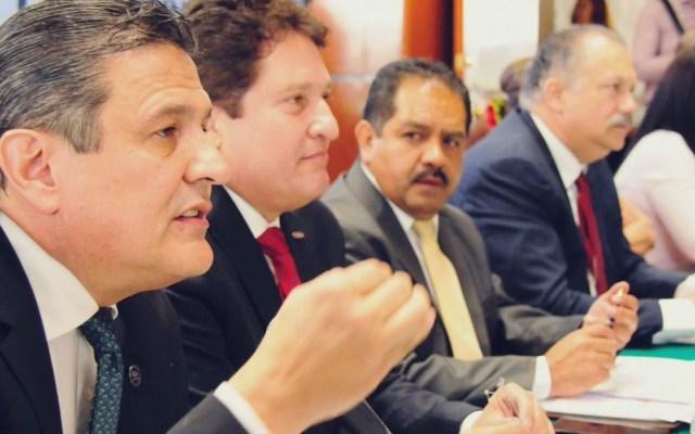 Exige Canacar alto a la violencia contra transportistas - Enrique González, presidente de la Canacar. Foto de @canacarmexico