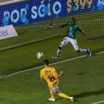 Tigres domina el segundo tiempo - Gignac abrió el marcador para Tigres en la final
