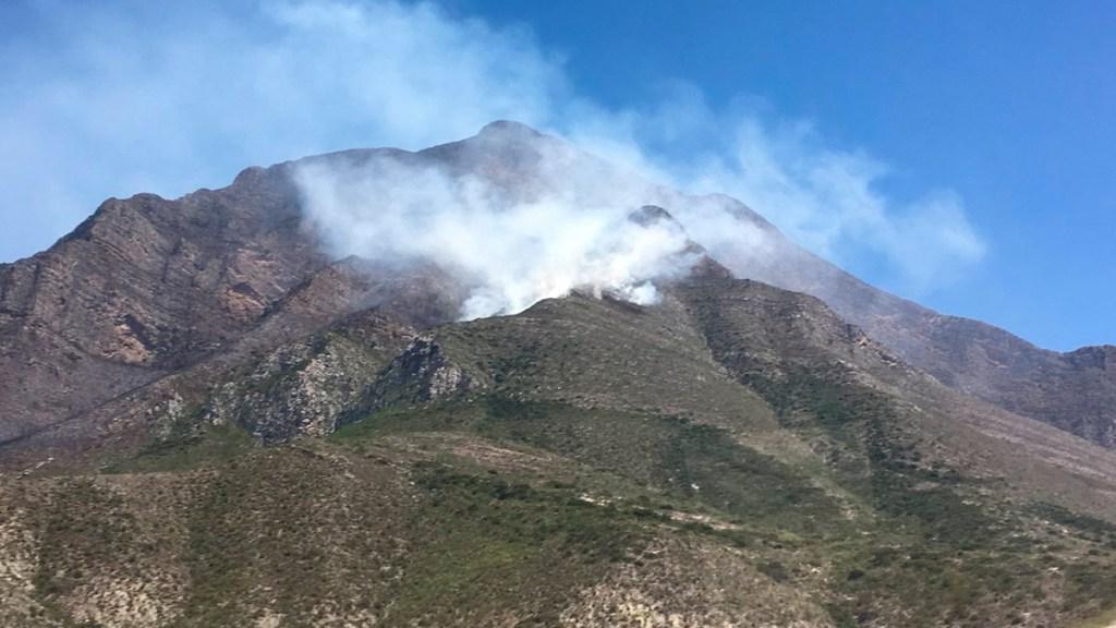 Combaten nuevo incendio forestal en Nuevo León - incendio forestal nuevo león