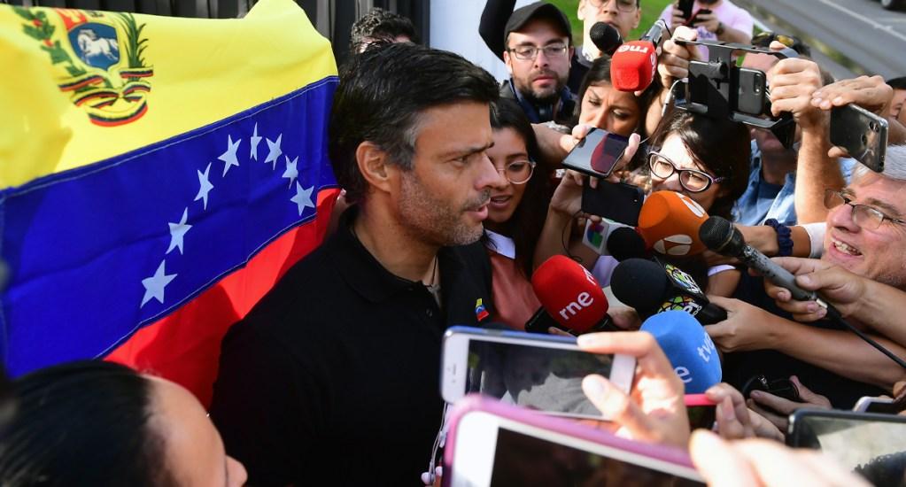 España reprende a Leopoldo López por desafiar a Maduro desde su embajada - leopoldo lópez