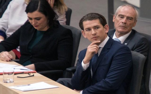 Parlamento de Austria aprueba destitución del canciller Sebastian Kurz - moción de cencura canciller austria