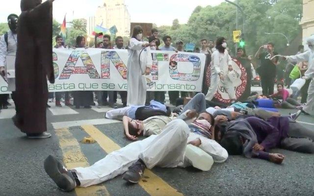 Argentinos protestan contra Monsanto - Foto de AFP
