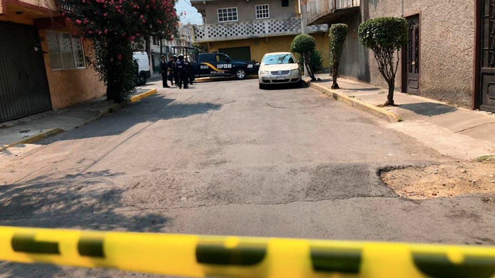 Detienen a mujer por tirar un cadáver en Gustavo A. Madero - detienen a mujer que engañó a barrendero para tirar cadáver en la GAM