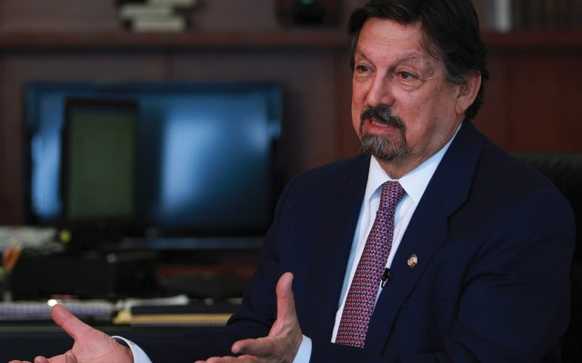 Por el bien de los empresarios es mejor que dejen de atacar al presidente: Gómez Urrutia - Foto de Notimex