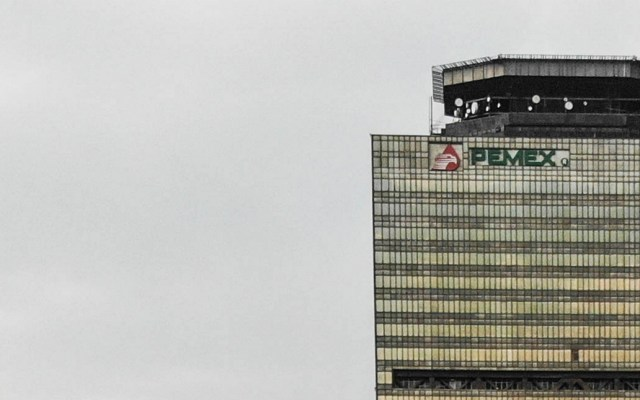 Pemex justifica sus millonarias pérdidas en devaluación del peso - pemex