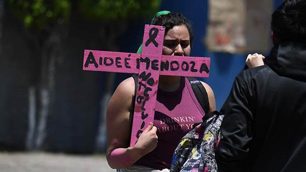 Protesta en exigencia de justicia para Aideé Mendoza. Foto de El Universal