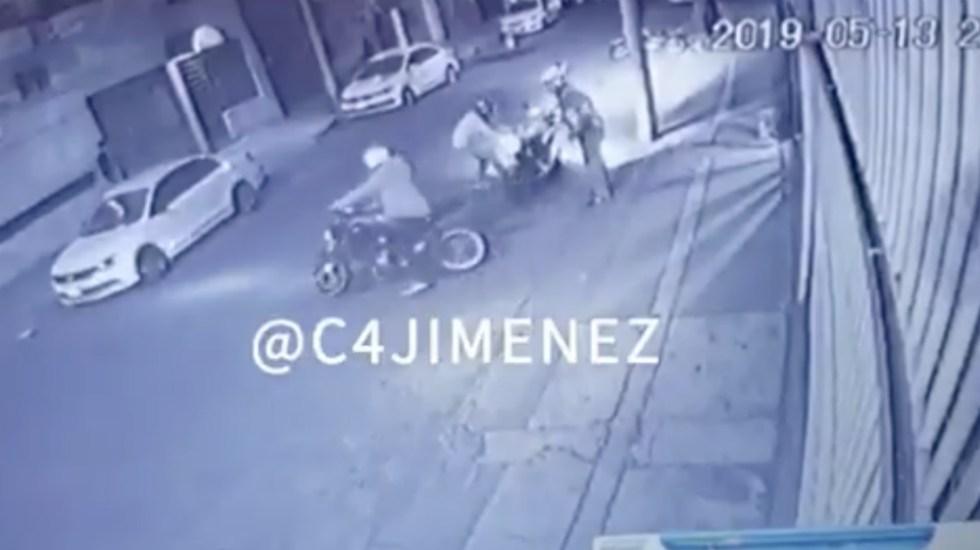 #Video Sujetos armados amagan y roban a conductor de motocicleta - Foto de @c4jimenez