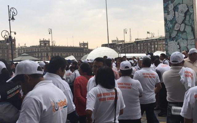 López Obrador se reúne con integrantes del SNTE - Foto de @siari8531