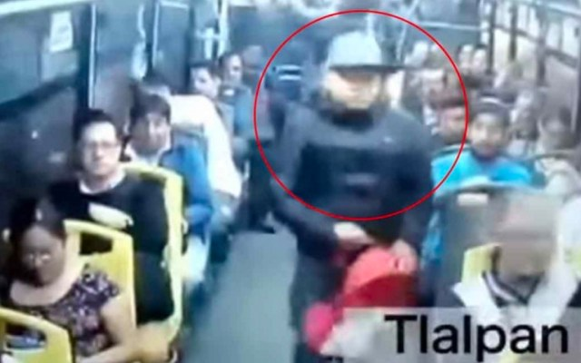 #Video Asaltan camión de pasajeros en Calzada de Tlalpan - calzada de tlalpan