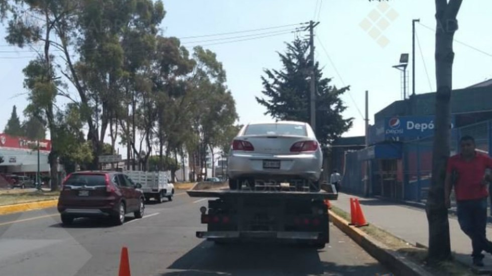 Al corralón más de 20 vehículos por falta de verificación en Toluca - Foto de Quadratín