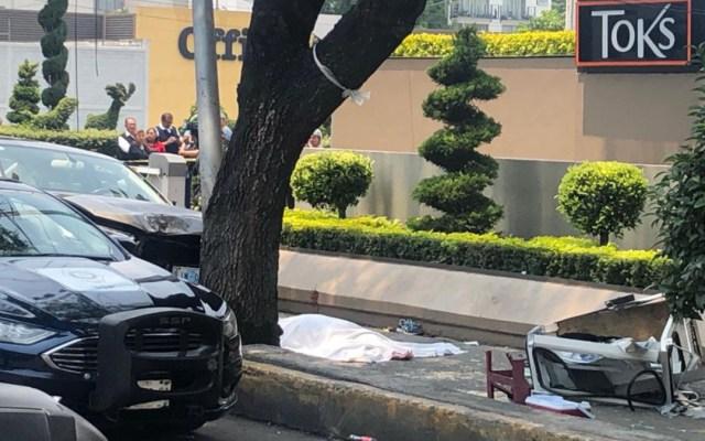 Cinco heridos y una mujer muerta deja accidente de auto de la Embajada de Guatemala - vehiculo embajada de guatemala arrolla a peatones