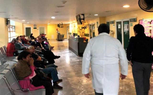Zoé Robledo visita hospital del IMSS en la colonia Roma Norte - Zoé Robledo visita clínica del IMSS
