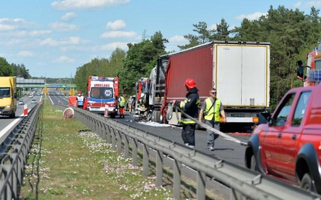 Accidente múltiple en Polonia deja al menos seis muertos - Accidente polonia muertos carretera 2