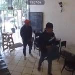 #Video Sujetos armados asaltan a comensales de restaurante en Clavería - Asalto en restaurante de la colonia Clavería. Captura de pantalla