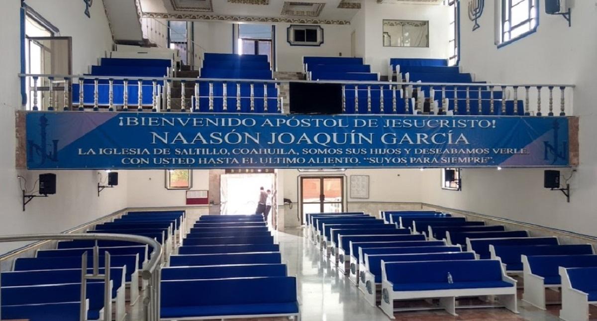 Bienvenida a Naasón Joaquín García en iglesia de La Luz del Mundo en Saltillo. Foto de Alfredo Candela / Google Maps
