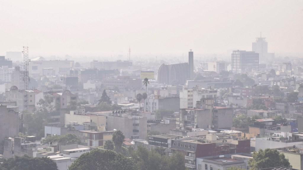 CDMX presenta plan para reducir 30 por ciento emisiones contaminantes - Se prevé que con el Plan de la Semovi se reduzcan 30 por ciento las emisiones contaminantes. Foto de Notimex