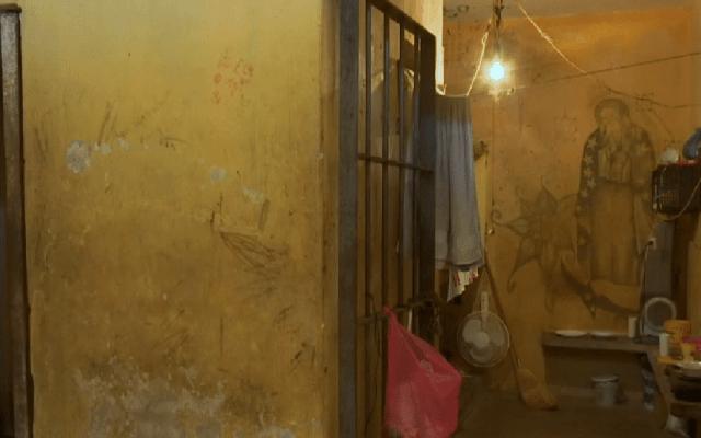CNDH pide internar en verdaderas cárceles a sentenciados en Nayarit - Celda de la cárcel municipal de Rosamorada, Nayari. Captura de pantalla / Noticieros Televisa