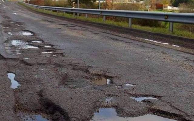 En mal estado el 35 por ciento de las carreteras libres: SCT - carreteras libres
