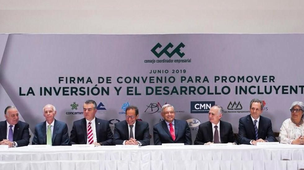 Empresarios piden a López Obrador retirar obstáculos a la inversión - CCE