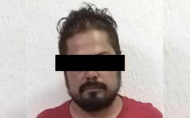 Migrantes acusan pagar 8 mil dólares a activista para llegar a EE.UU. - Cristóbal Sánchez Activista