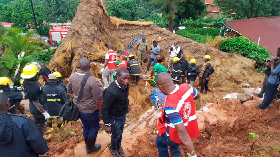 Deslizamiento de tierra deja al menos cinco muertos en Uganda - deslizamiento uganda
