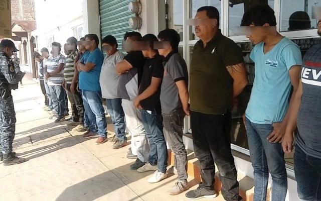 Detienen a 16 con arsenal en Puebla