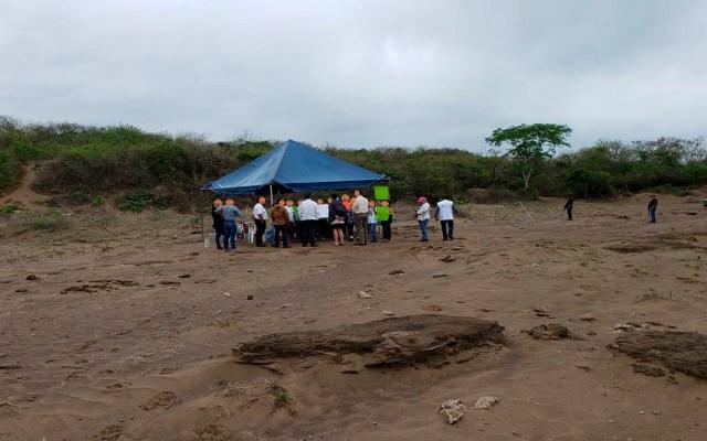 Personal de la Embajada de EE.UU. visitan fosa clandestina en Veracruz - embajada de ee.uu. fosa clandestina veracruz