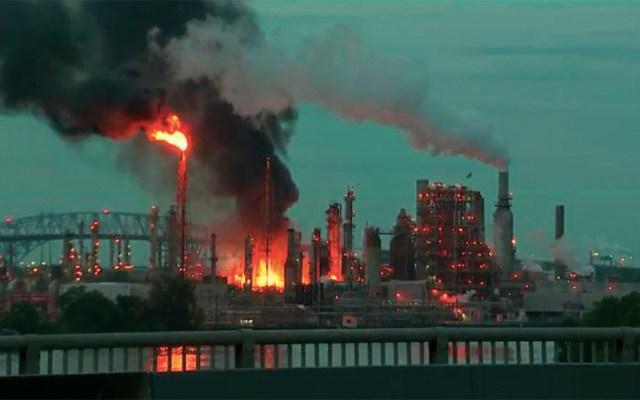 #Video Explosión e incendio en refinería de Filadelfia - explosión refinería Filadelfia