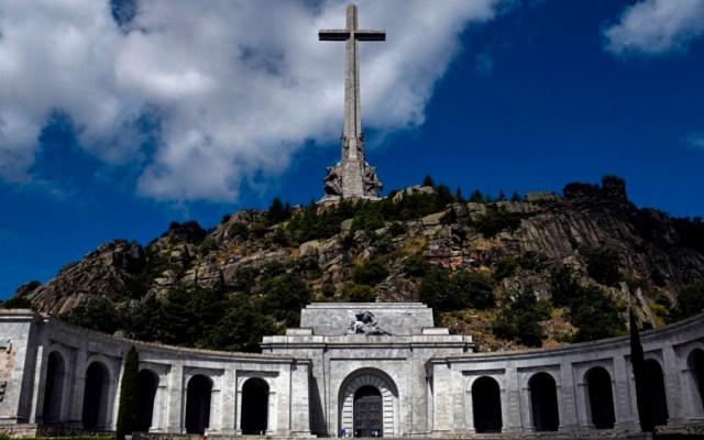 España suspende temporalmente exhumación de Francisco Franco - francisco franco