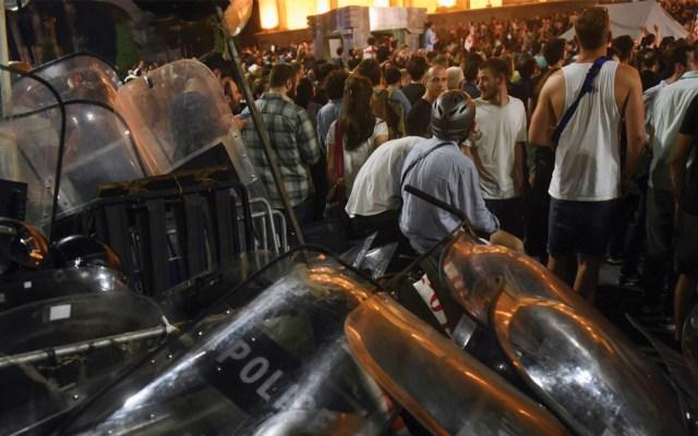 Al menos 52 heridos por protestas en Georgia - Foto de AFP