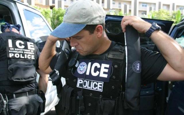 ¿Cómo actuar y qué hacer en caso de detención migratoria? - agentes