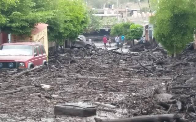 Desborde de río afecta viviendas y vehículos en San Gabriel, Jalisco - Emergencia en el Municipio de San Gabriel. Foto de @PCJalisco