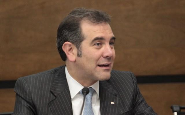 Lorenzo Córdova invita a señalar algún exceso en el INE - Foto de Twitter INE