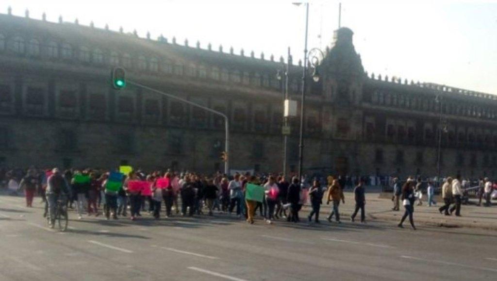 Alertan a automovilistas capitalinos por cinco manifestaciones. Noticias en tiempo real