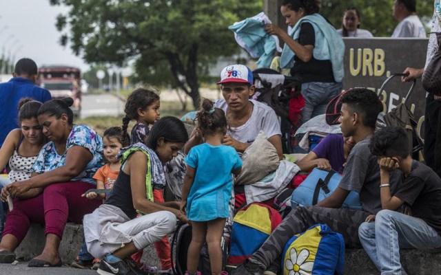 Canciller venezolano acusa a Acnur de mentir sobre migración del país - Migrantes que salen de Venezuela. Foto de UNHCR / Vincent Tremeau