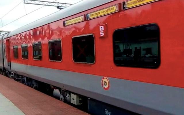 Mueren cuatro personas en tren de India por golpe de calor - mueren cuatro en tren de india por golpe de calor