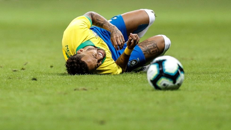 Neymar estará cuatro semanas de baja tras lesión - Foto de EFE