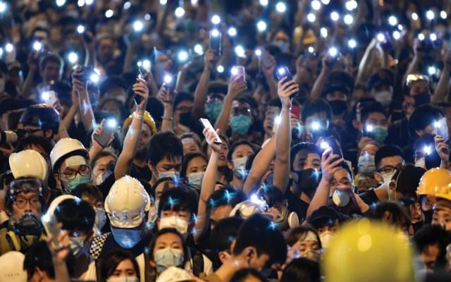 Policía de Hong Kong critica protesta frente a sus instalaciones - Foto de AFP