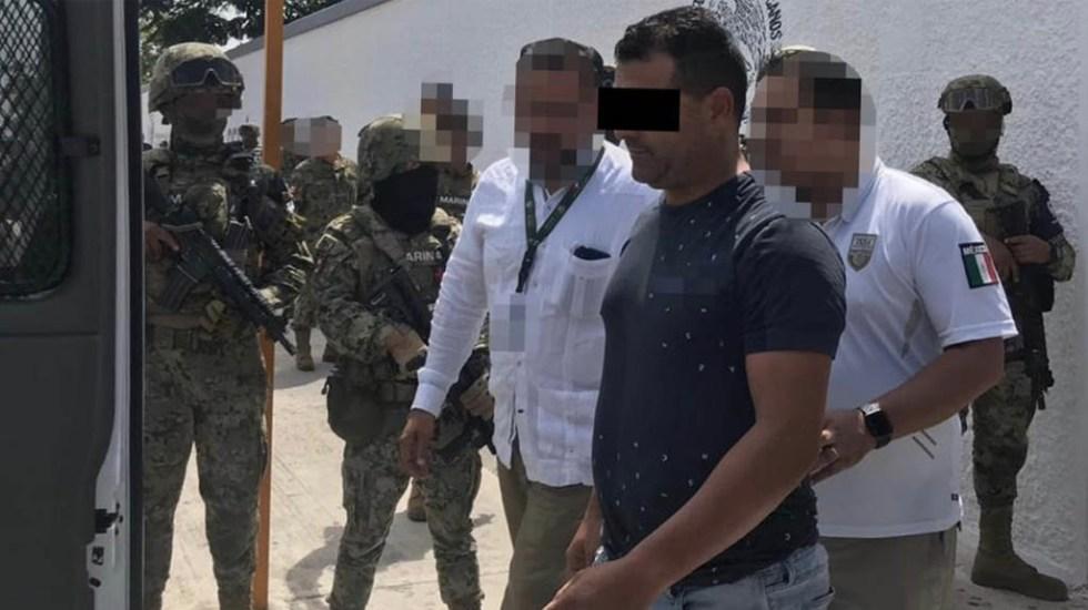 Entregan al INM a sujeto acusado en EE.UU. de tráfico de indocumentados - Tomás V FGR tráfico personasTomás V FGR tráfico de indocumentados