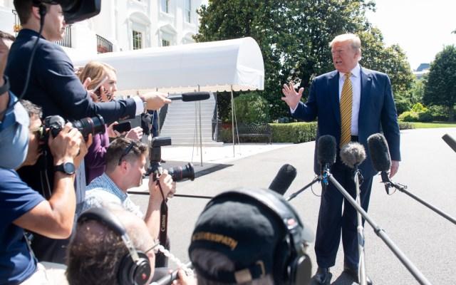 Trump mantiene plazo de dos semanas para deportar indocumentados - trump demócratas deportación