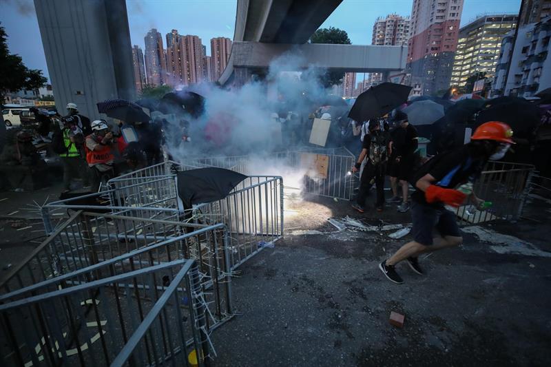 manifestantes hong kong