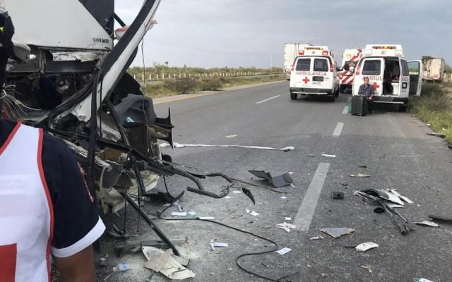 Accidente sobre la Zacatecas-Saltillo deja al menos 12 lesionados - Accidente carretera Zacatecas-Saltillo lesionados