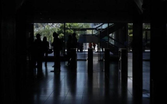 Se corta el servicio eléctrico en gran parte de Venezuela - Foto de @noticias4vision