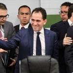 Comparece Arturo Herrera ante la Comisión de Hacienda - Arturo Herrera comparecencia