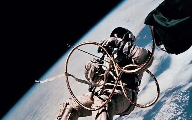 Pakistán anuncia envío de su primer astronauta al espacio en 2022 - Astronauta Ed White, piloto de la nave GT-4. Foto de NASA