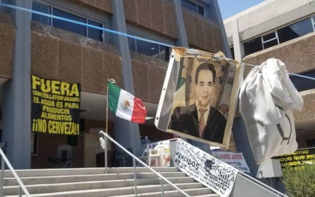 Congreso de Baja California cumple 21 días tomado - Congreso Baja California manifestación