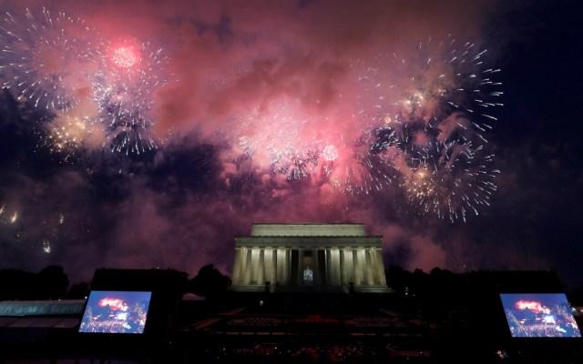 Trump presume poderío militar de EE.UU. en fiesta del 4 de julio - Foto de EFE
