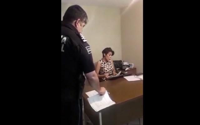 Ayuntamiento de SLP niega exceso de fuerza en desalojo de ex funcionaria - Ex funcionaria San Luis Potosí desalojo