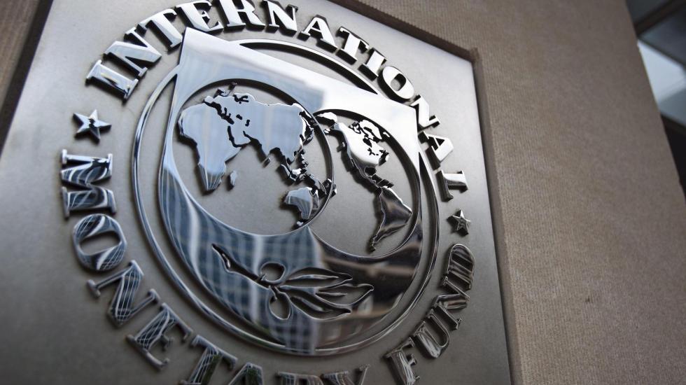 """FMI rebajará sus previsiones porque la economía """"aún cojea"""" por pandemia - FMI"""